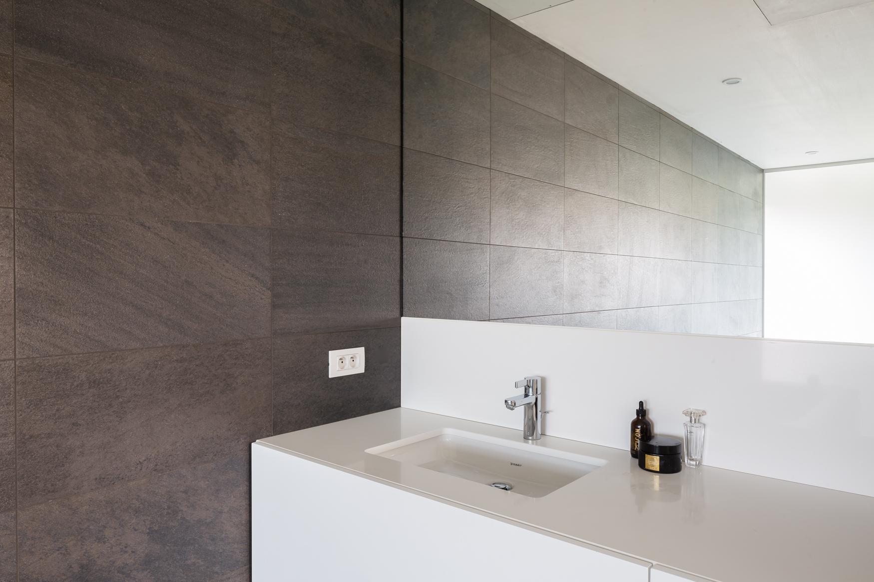 Composiet badkamer meubel blad interieur meubilair idee n - Foto badkamer meubels ...